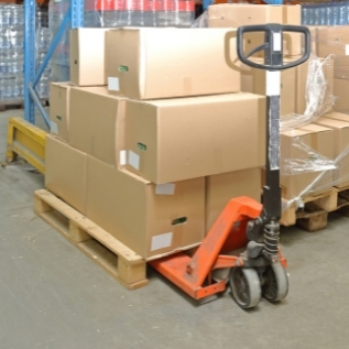 Factors to consider before buying the right electric pallet truck
