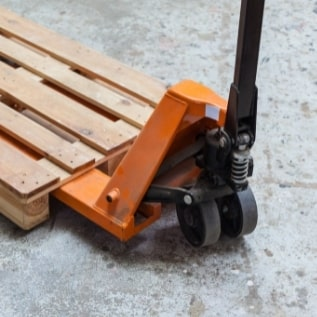 how to extend the lifespan of your pallet truck